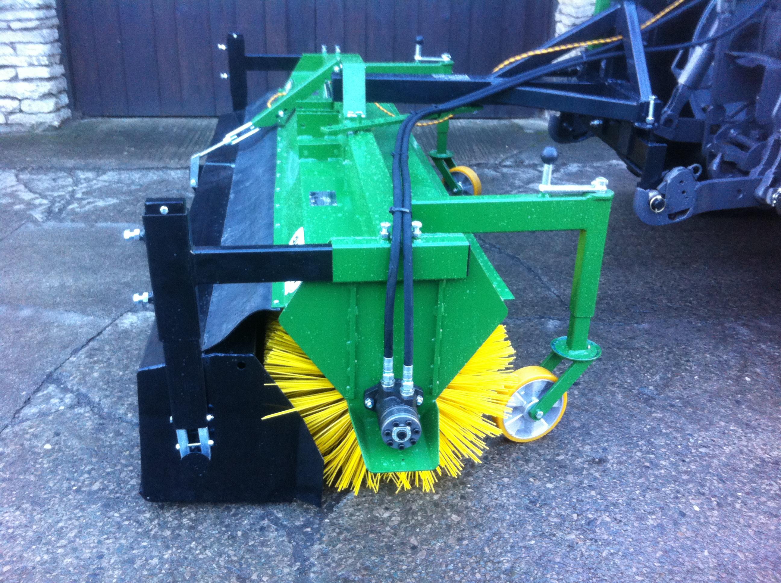 Rotary Broom Sweeper : Duvelsdorf hydraulic sweeper pv dobson