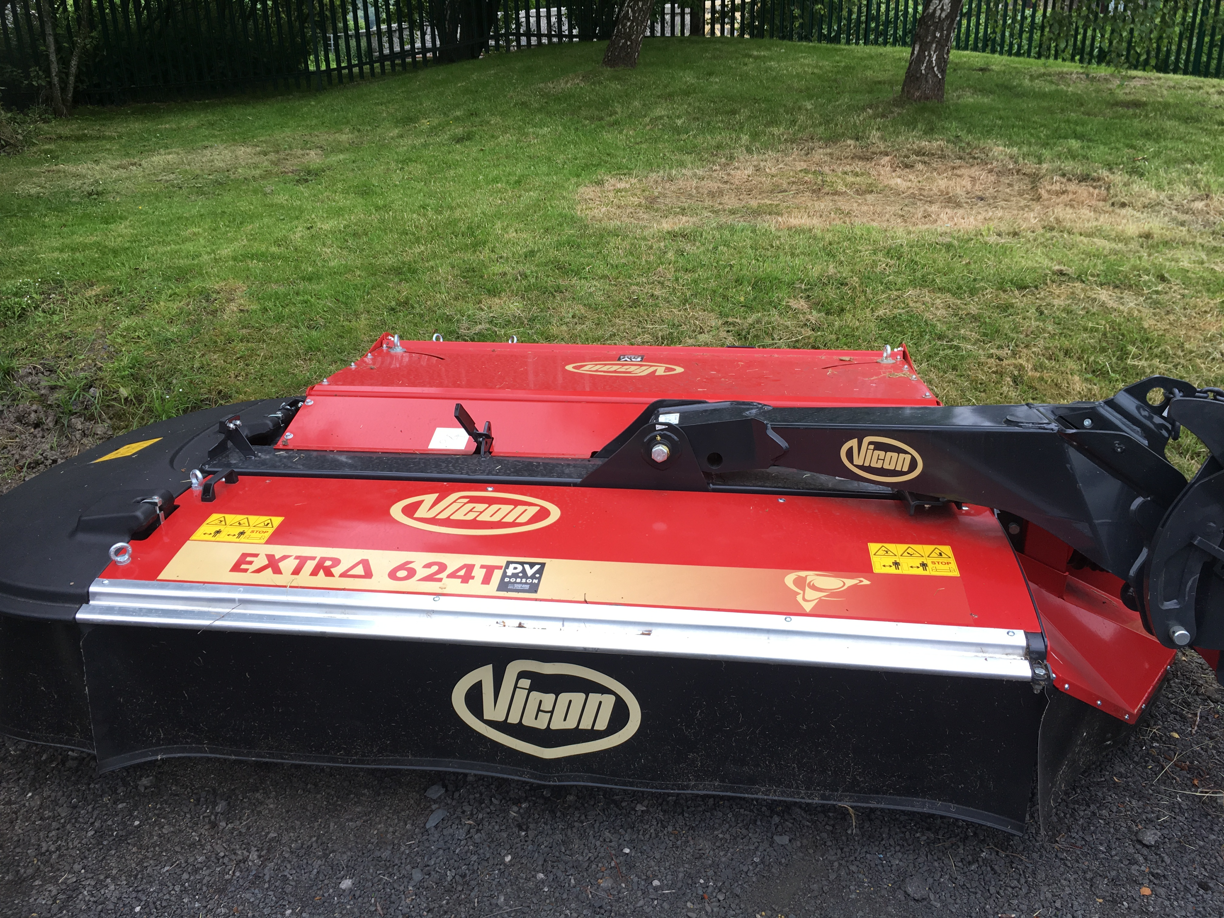 VICON EXTRA 624T MOWER CONDITIONER - PV Dobson
